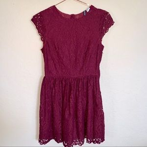Divided by H&M burgundy lace dress size 4